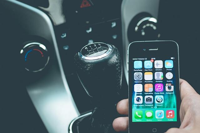 Is de mobiele telefoon doosoorzaak nummer 1 in het verkeer?