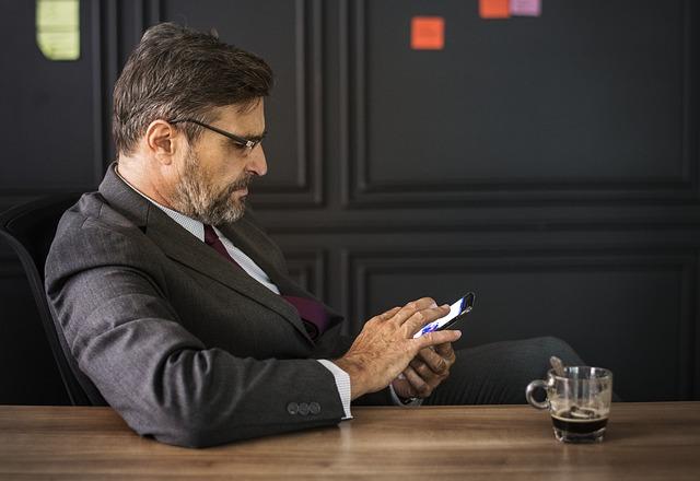 Bespaar flink op de kosten door smartphone vorig jaar aan te schaffen